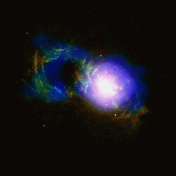 Il quasar soprannominato Teacup, tazzina da tè, situato ad 1,1 miliardi di anni luce dalla Terra, un buco nero supermassiccio SDSS 1430 + 1339 - Sputnik Italia