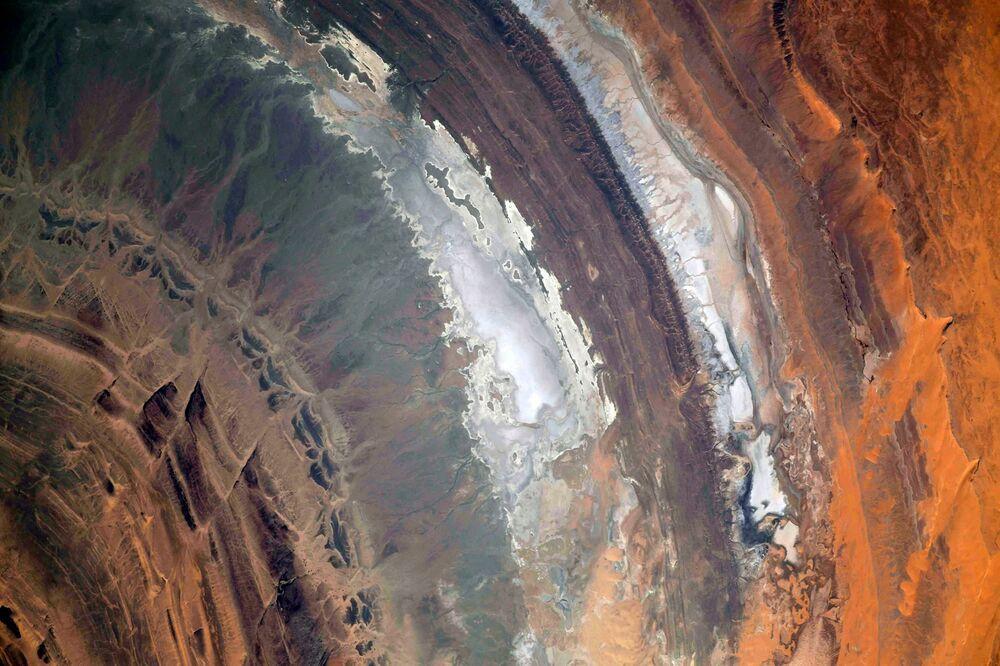 Una vista dallo spazio della Struttura di Richat nel Deserto del Sahara