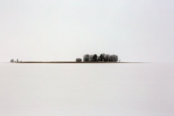 L'isola Kamenny nel lago Syamosero in Carelia, Russia. - Sputnik Italia