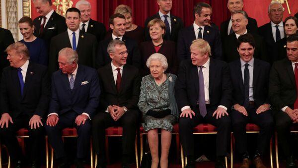 I leader di NATO al ricevimento nel Buckingham Palace - Sputnik Italia