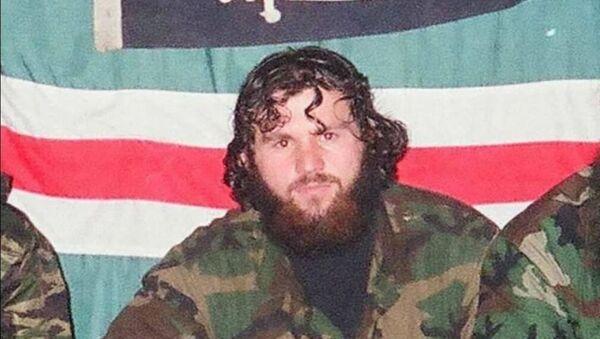 Zelimkhan Khangoshvili, georgiano ucciso a Berlino, in foto con ribelli islamisti e indipendentisti ceceni - Sputnik Italia