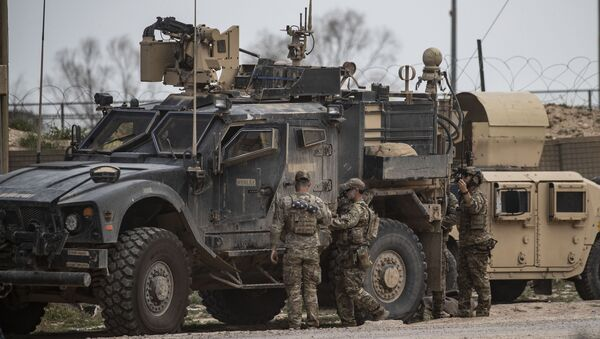Militari americani alla base Al Omar in Siria - Sputnik Italia