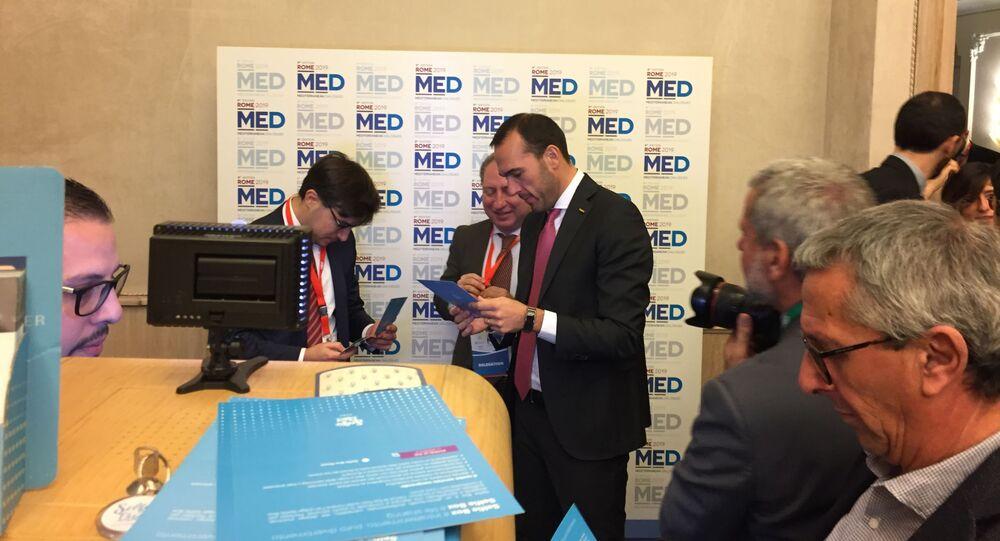Manlio Di Stefano alla quinta edizione di Med Dialogues