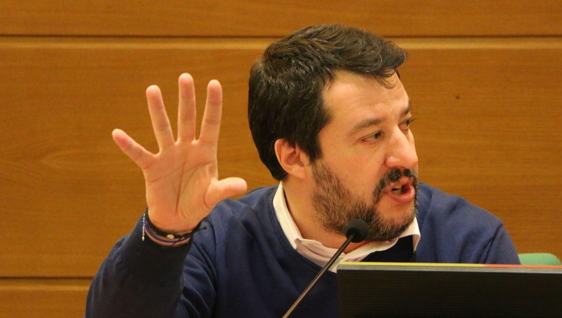 Il segretario della Lega Matteo Salvini alla presentazione del libro di Gennaro Sangiuliano Il nuovo Mao. Xi Jinping e l'ascesa al potere nella Cina di oggi - Sputnik Italia, 1920, 22.02.2021