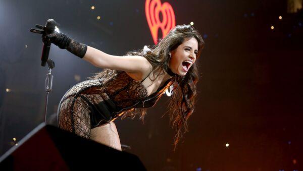 La cantante Camila Cabello esibisce a Dallas, in Texas. - Sputnik Italia