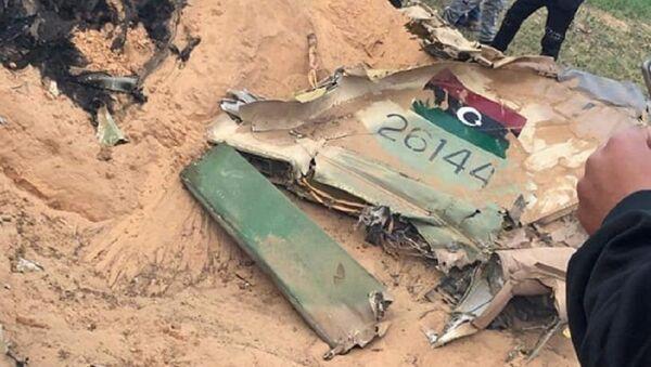 Una parte del MiG-23 dell'LNA abbattuto vicino a Tripoli - Sputnik Italia