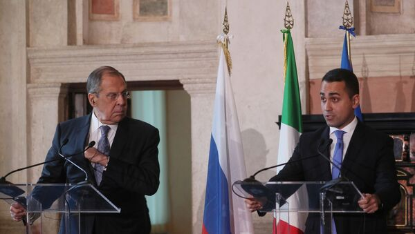 Sergey Lavrov e Luigi Di Maio durante una conferenza stampa a Roma  - Sputnik Italia