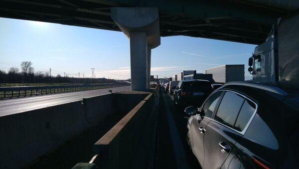 Nuovo incidente con fiamme sull'Autostrada A4 - Sputnik Italia