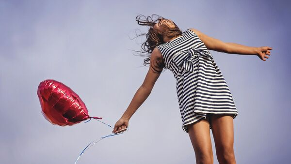 Una ragazza felice - Sputnik Italia