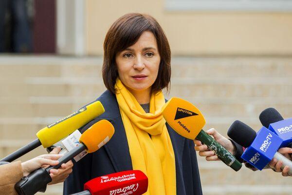 Maia Sandu, premier della Moldavia, parla con i giornalisti a Chisinau - Sputnik Italia