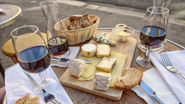 Cheese, Wine and Bread - Sputnik Italia