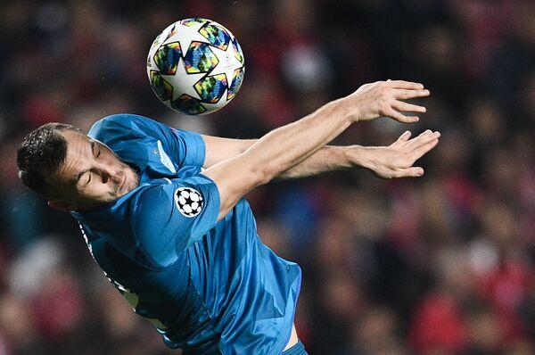 Artem Dzjuba, calciatore russo, attaccante dello Zenit durante partita di Champions League - Sputnik Italia
