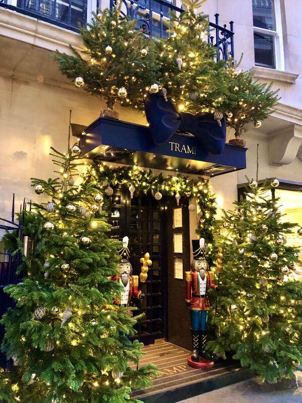 Luci natalizie a Londra. - Sputnik Italia