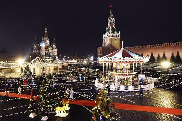 Mosca si è preparata per il Natale e il Capodanno. - Sputnik Italia