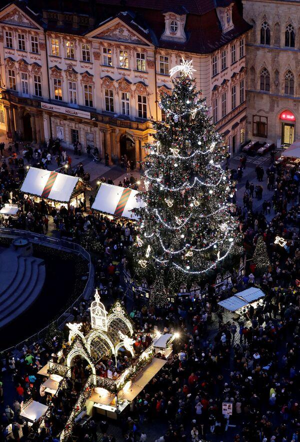 Un mercantino di Natale a Praga. - Sputnik Italia
