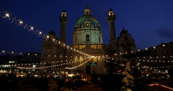 Un mercantino di Natale a Vienna. - Sputnik Italia