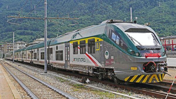 Treno regionale Trenord - Sputnik Italia