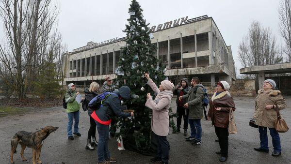 Albero di Natale Pripyat - Sputnik Italia