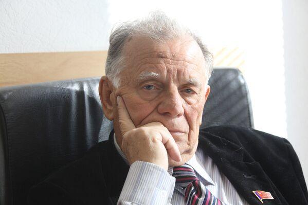 Jores Alfiorov,  fisico e politico sovietico, che ha vinto il Premio Nobel per la fisica nel 2000, è scomparso il 1 marzo 2019 a San Pietroburgo - Sputnik Italia
