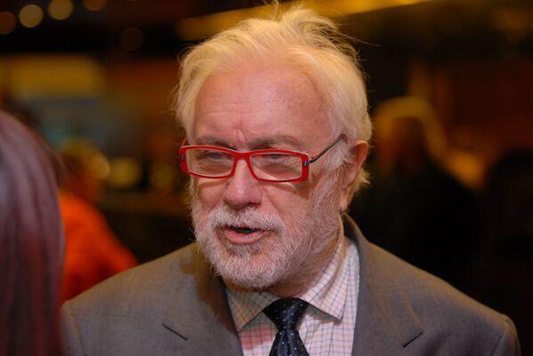 Luciano De Crescenzo, scrittore, regista, attore e conduttore televisivo italiano, è scomparso il 18 luglio 2019 a 90 anni a Roma  - Sputnik Italia