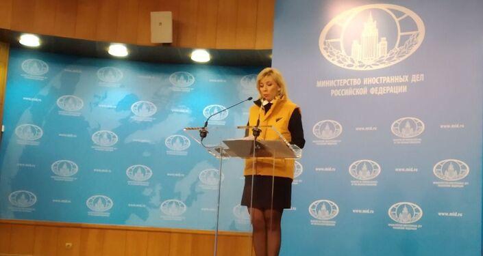 Maria Zakharova sostiene Sputnik Estonia