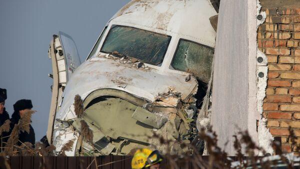 Потерпевший крушение пассажирский самолет Fokker 100  - Sputnik Italia