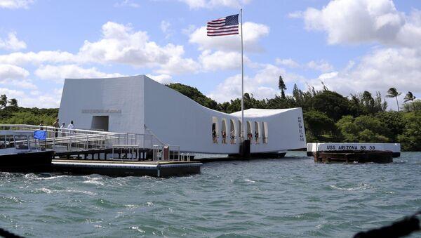 USS Arizona Memorial en Pearl Harbor, Hawái - Sputnik Italia