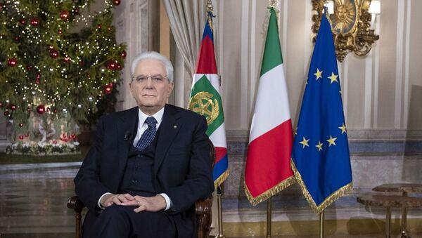 Il Presidente Sergio Mattarella durante il discorso di fine anno - Sputnik Italia