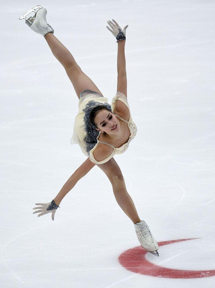 Alina Zagitova al Grand Prix di Mosca
