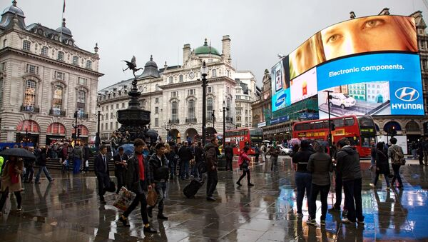 Piccadilly Circus, Londra - Sputnik Italia