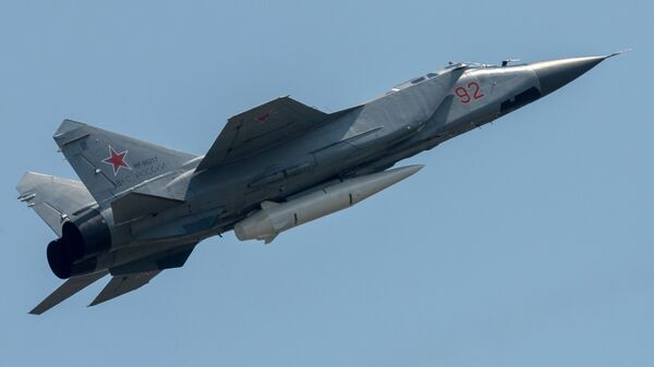 MiG-31 e Kinzhal - Sputnik Italia