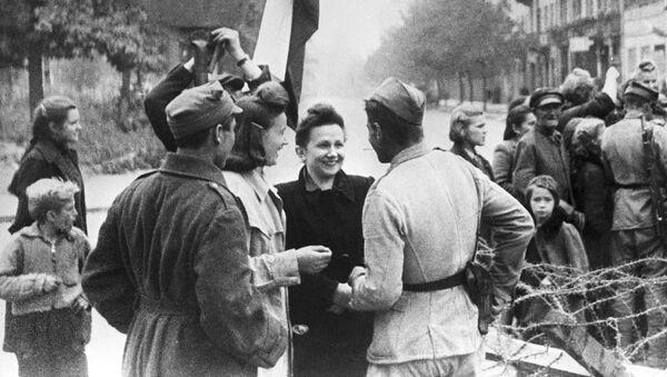 Varsavia alla fine della Seconda Guerra Mondiale - Sputnik Italia