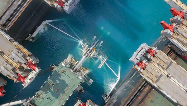 La posa del gasdotto Turk stream vista da un drone - Sputnik Italia
