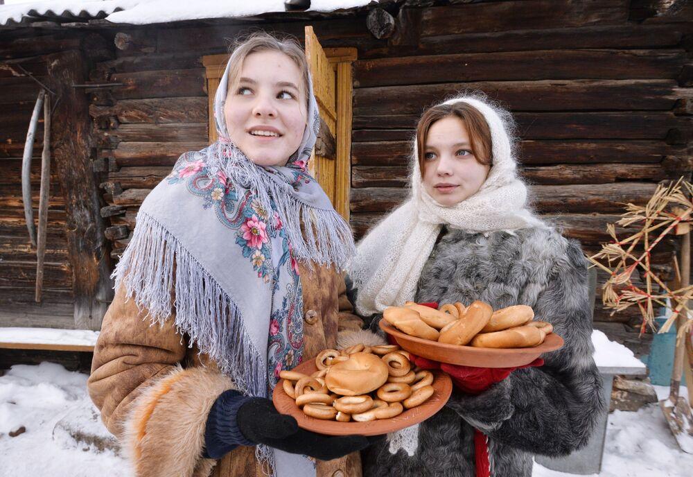 Festeggiamenti di Natale nel villaggio cosacco di Chernorechye, nella regione di Chelyabinsk