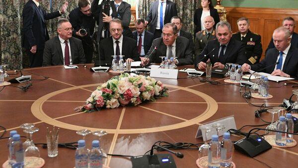 Incontro tra i ministri degli Esteri e della Difesa della Russia e della Turchia - Sputnik Italia