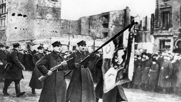La parata in onore della liberazione di Varsavia,  il 19 gennaio del 1945 - Sputnik Italia