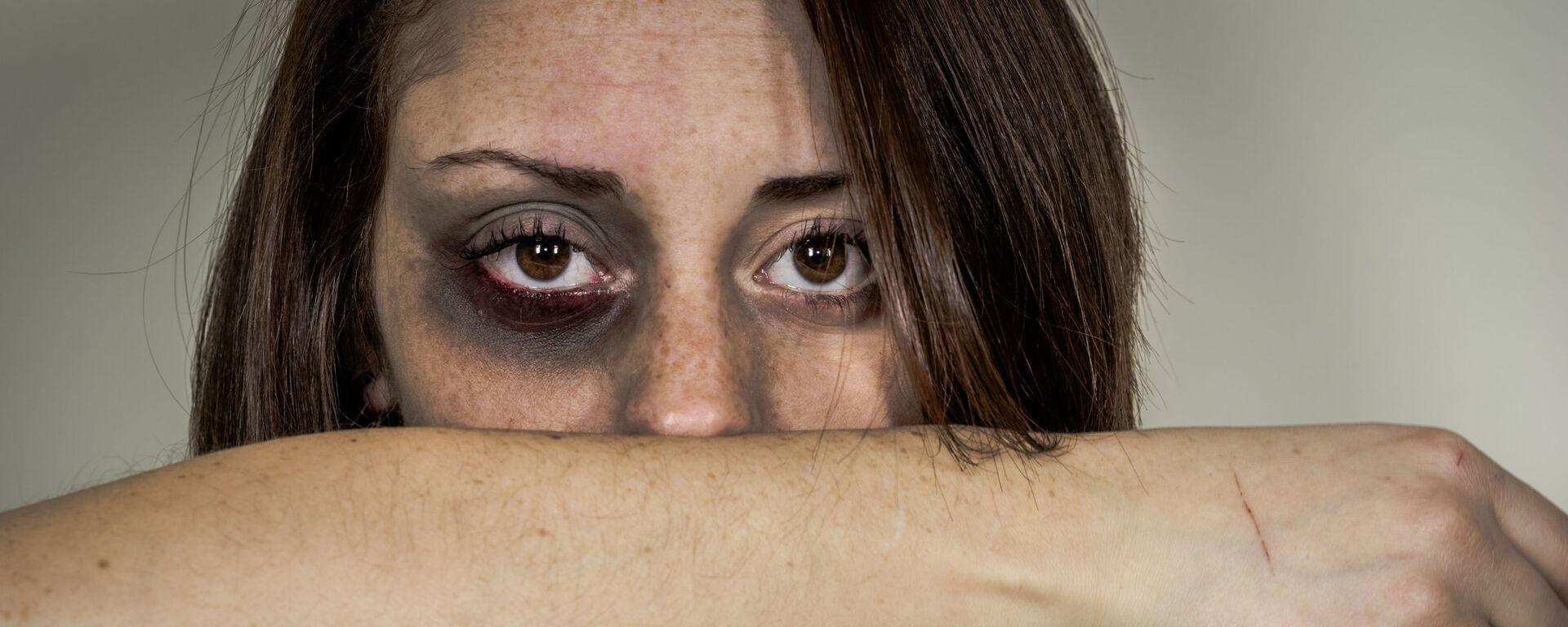 Violenza contro le donne - Sputnik Italia, 1920, 17.05.2021
