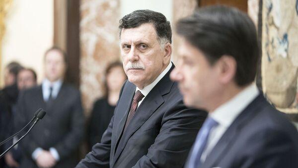 Il Presidente Conte e il Presidente Fayez al Serraj durante le dichiarazioni alla stampa - Sputnik Italia