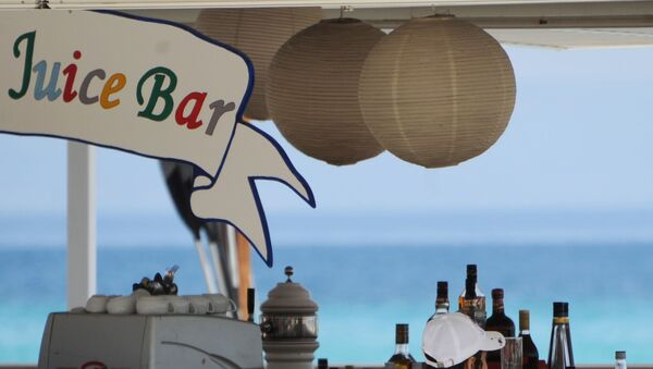 Un bar su una spiaggia - Sputnik Italia