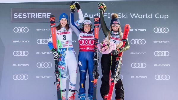 Il podio dello slalom gigante del Sestriere, Vhlova-Brignone-Shiffrin - Sputnik Italia