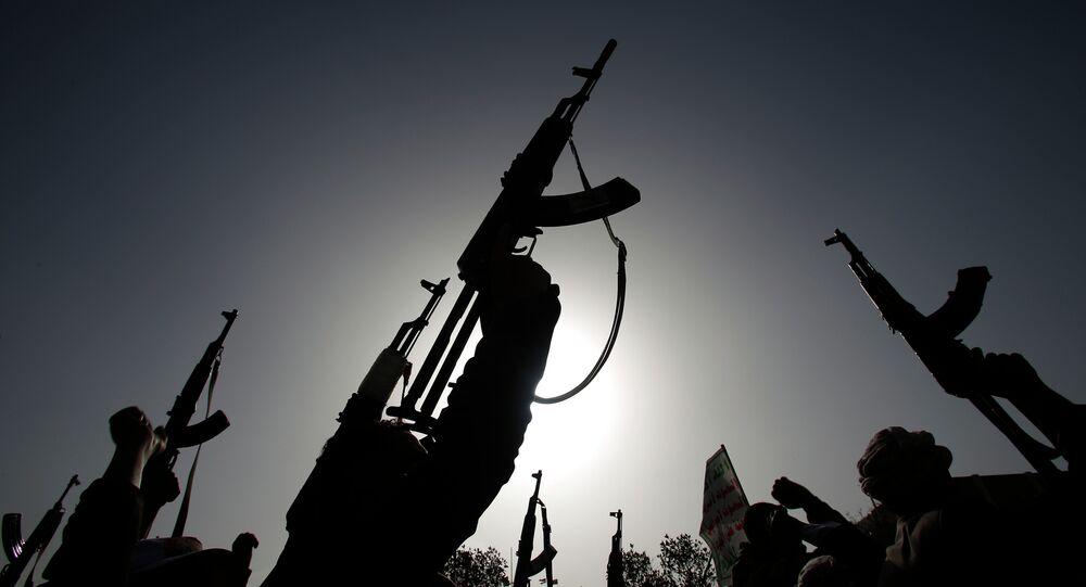 Ribelli sciiti conosciuti come Houthi, Yemen