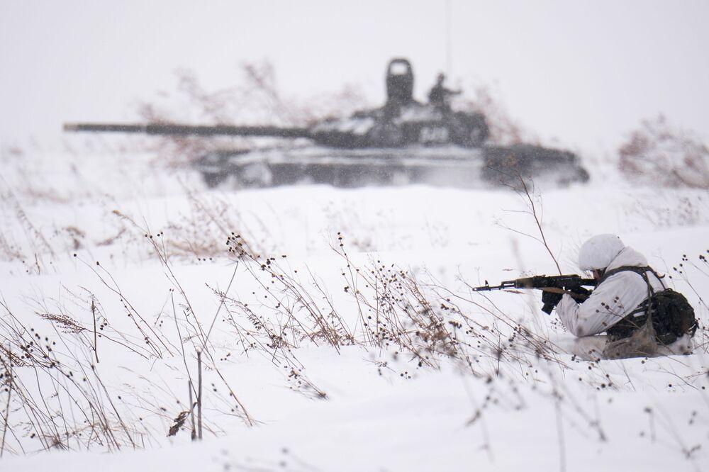 Addestramento del personale militare della divisione dei fucilieri delle truppe motorizzate della Russia nella regione di Kemerovo