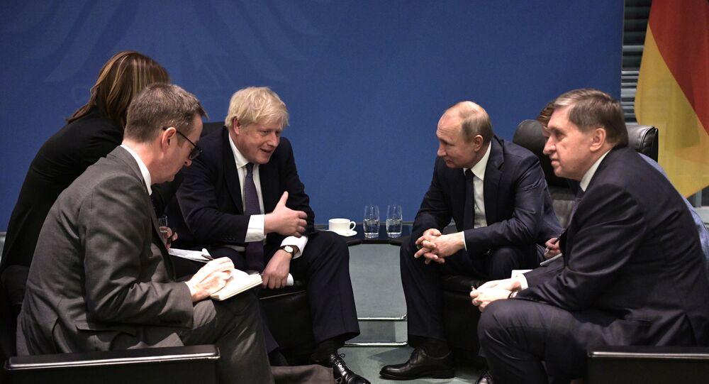 Il presidente russo Vladimir Putin e il Primo ministro del Regno Unito Boris Johnson alla Conferenza internazionale sulla Libia a Berlino