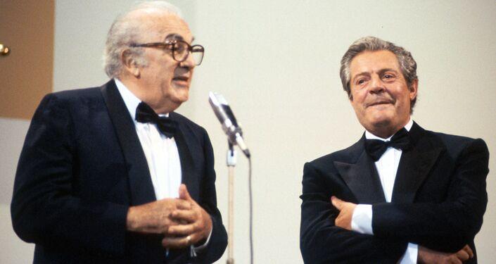 L'attore Marcello Mastroianni e il regista Federico Fillini alla Mostra internazionale d'arte cinematografica di Venezia, 1990