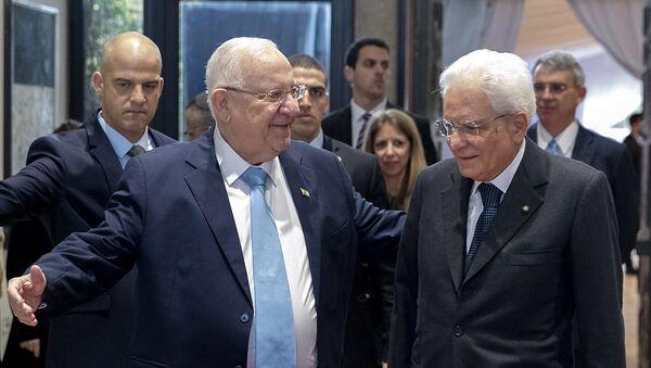 Gerusalemme - Il Presidente della Repubblica Sergio Mattarella con il Presidente dello Stato di Israele Reuven Rivlin, oggi 23 gennaio 2020 - Sputnik Italia