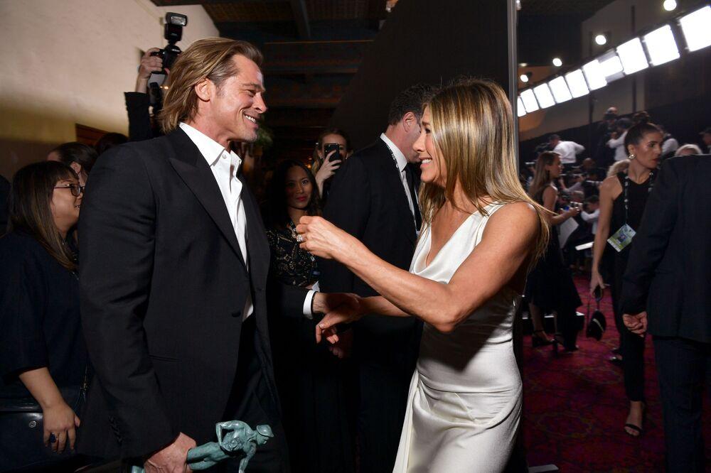 L'attore Brad Pitt e l'attrice Jennifer Aniston allo Screen Actors Guild Award (SAG Awards) a Los Angeles.
