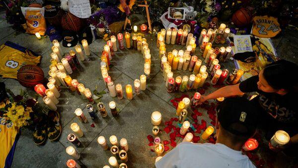 Schianto in elicottero, muore la leggenda del basket USA Kobe Bryant - Sputnik Italia