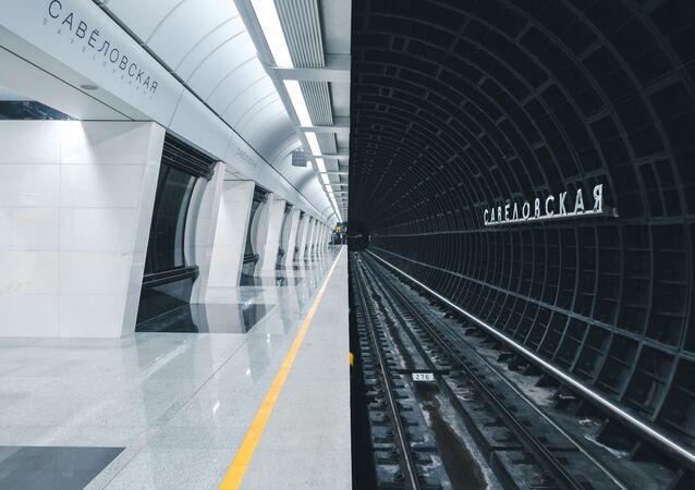 La nuova stazione della metropolitana di Mosca, realizzata in uno stile futuristico, fotografata da Alexandr Bormotin per il concorso The Art of Building, Russia