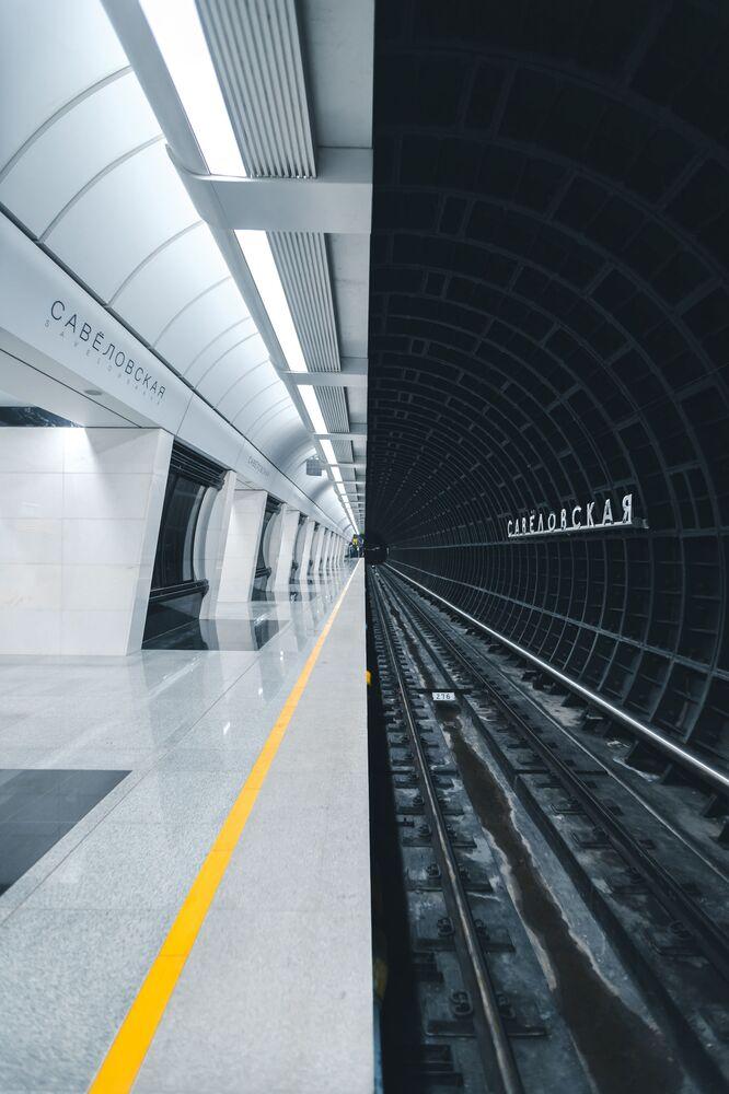 La nuova stazione della metropolitana di Mosca è realizzata in uno stile futuristico fotografata da Alexandr Bormotin per il concorso The Art of Building, Russia