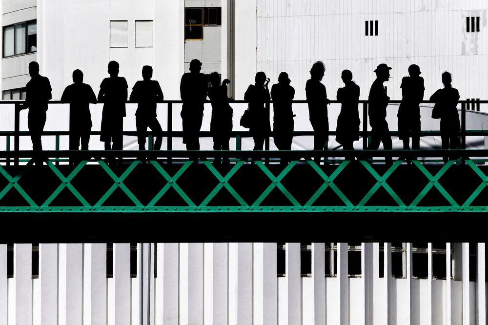 Eiffel Bridge del fotografo portoghese Jose Pessoa Neto